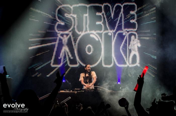 Who? Steve Aoki!